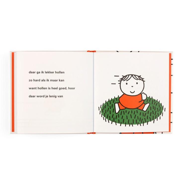 Voorleesboekje Dick Bruna van nijntje stoeprand stop boekje voor kleuters en peuters voor verkeerseductie om jonge kinderen verkeersregels te leren en thuis of in de klas te oefenen met oversteken en verkeersborden leuk sinterklaas cadeau