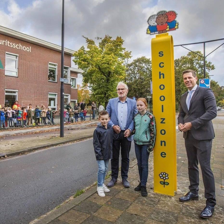 Foto Frank Jansen. Wethouder van Asten opent de schoolzone Dick Bruna op de Prins Mauritsschool in Rijswijk