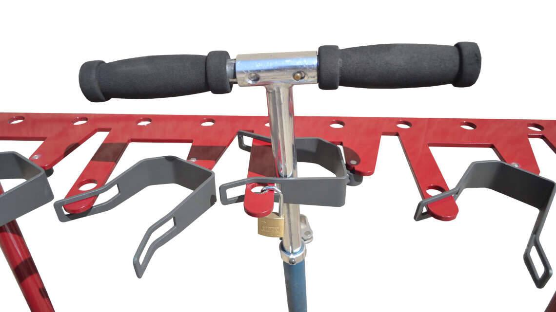 Tjinco rode stepstalling eenvoudig te plaatsen en te monteren op een schoolplein